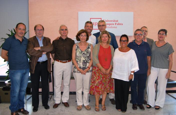 Fotografia de grup dels assistents a la signatura