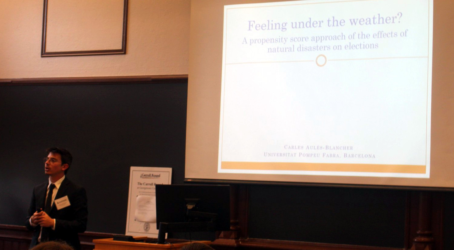 Carles Aulés Blancher presenting his paper